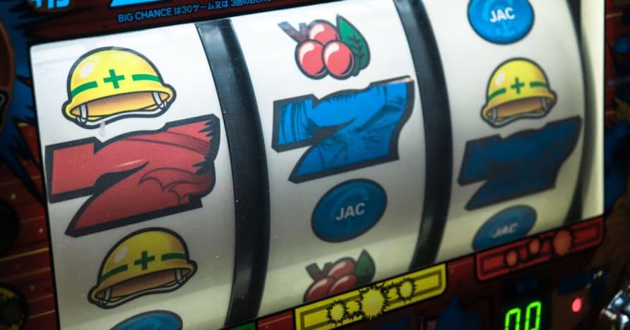 Poker Spieler Cash-Berg Herausforderung von Micro