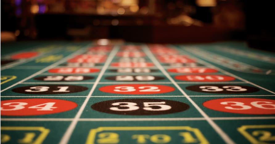 Play'n GO hat ein fantastisches Pokerspiel auf den Markt gebracht: 3 Hands Spielothek Hold'em